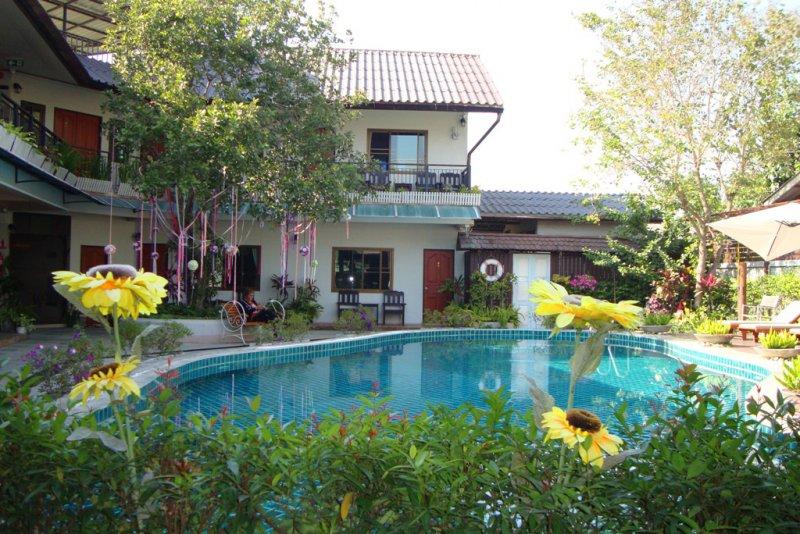 064 kleines Hotel in Pai 1