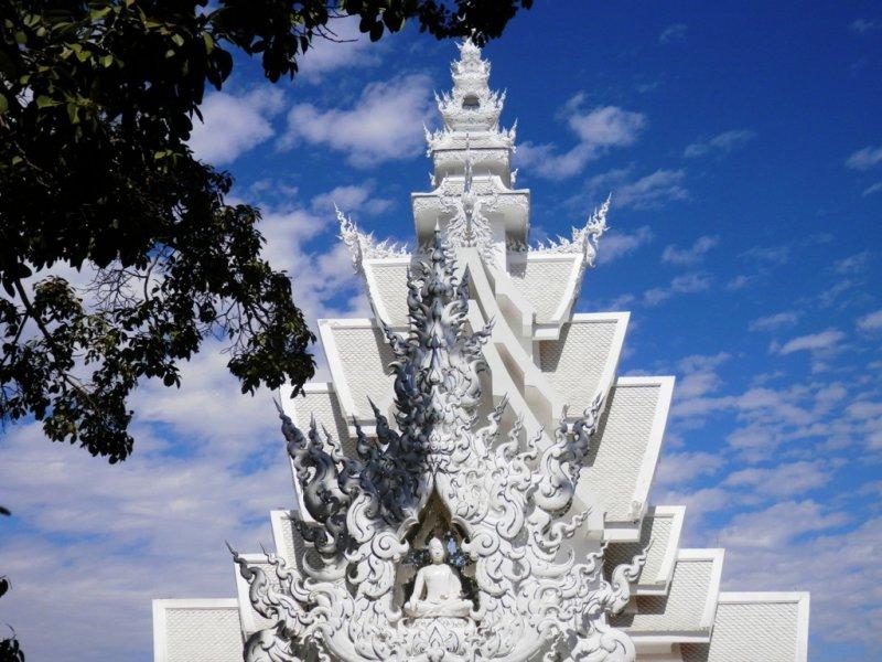 145 weisser Tempel Wat Rong Khun bei Chiang Rai 3