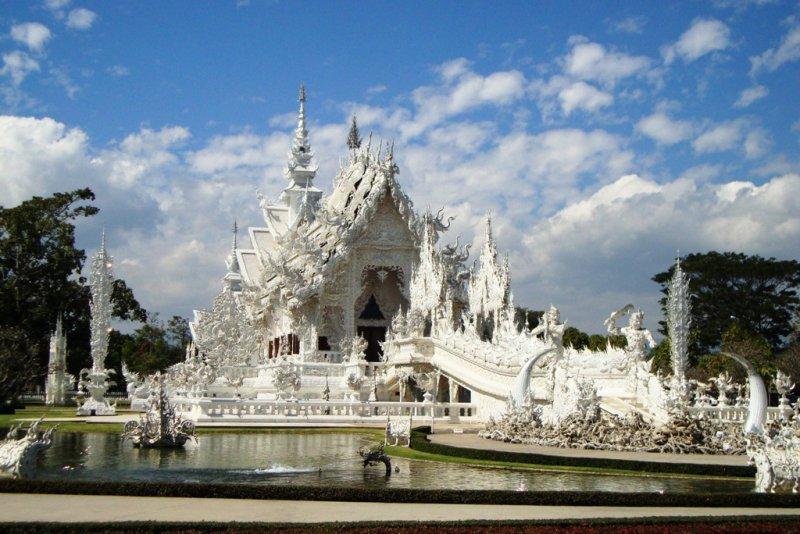 146 weisser Tempel Wat Rong Khun bei Chiang Rai 4